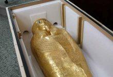 Photo of مصر تستعيد تابوتاً ذهبياً أثرياً بعد نهبه وعرضه في نيويورك