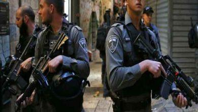 Photo of الشرطة الإسرائيلية تقتل فلسطينياً بالرصاص بعد حادث طعن