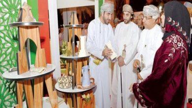 Photo of المعرض الدولي للصناعات الحرفية يجسد اهتمامات سلطنة عمان في النهوض بالقطاع ودعم المشاريع الرائدة