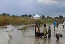 Photo of أمطار غزيرة وفيضانات تقتل العشرات وتشرد مئات الآلاف في شرق أفريقيا