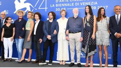 Photo of مهرجان فينسيا السينمائي الـ 74 يفتتح سباق الأوسكار مبكراً