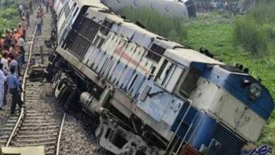 Photo of مقتل 10 وإصابة 15 في حادث تصادم قطاري ركاب بمصر