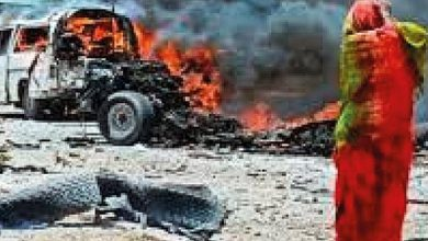 Photo of ارتفاع قتلى تفجير سيارة ملغومة في مقديشو إلى 22