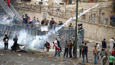 Photo of إرسال قيادات عسكرية إلى محافظات عراقية لضبط الأمن ومقتل 16 متظاهراً برصاص الأمن
