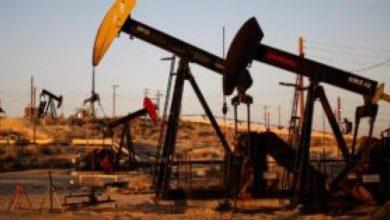 Photo of النفط يرتفع بفعل تفاؤل حيال محادثات التجارة الأميركية – الصينية