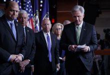 Photo of الديموقراطيون يتبنون اتهامين بحق ترامب في سياق إجراءات العزل