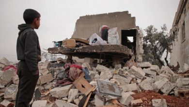 Photo of مقتل سبعة مدنيين في قصف روسي في ادلب