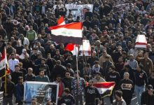 Photo of عراقيون يستأنفون تظاهراتهم الغاضبة ضد مماطلة السلطات بتنفيذ الإصلاحات ووقوع اصابات