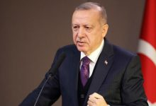 Photo of أردوغان: لا اتفاق حتى الآن على قمة رباعية بشأن سوريا ومقتل جنديين تركيين في ليبيا
