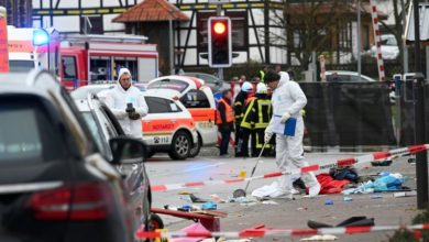 Photo of 52 جريحاً إثر صدم سيارة حشداً خلال كرنفال في المانيا