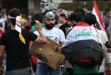 Photo of مئات العراقيين يتظاهرون في كربلاء دعماً لترشيح الناشط علاء الركابي لرئاسة الحكومة