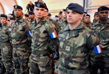 Photo of فرنسا تقرّر سحب جنودها من العراق بسبب فيروس كورونا المستجد