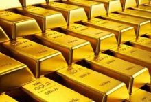 Photo of الذهب يتراجع مع التدافع صوب السيولة وقوة الدولار تتجاوز التحفيز