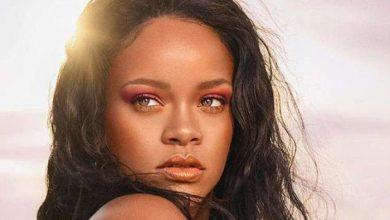 Photo of ريانا تقتحم قائمة صنداي تايمز لأثرياء الموسيقيين وتحتل المرتبة الثالثة
