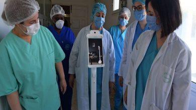 Photo of مستشفى تونسي: روبوت للتواصل مع المرضى بهدف الحد من انتشار عدوى فيروس كورونا