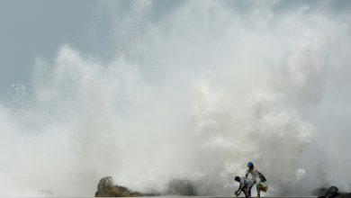 Photo of إجلاء ملايين الأشخاص مع اقتراب إعصار عنيف من سواحل جنوب آسيا