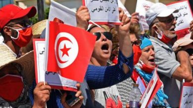 Photo of تونس: متظاهرون يطالبون برحيل الغنوشي ويتّهمونه بتخطي صلاحياته