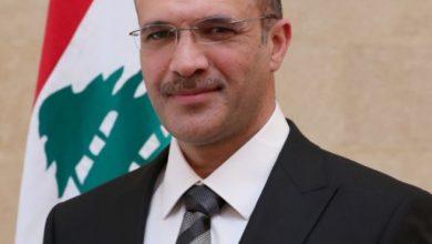 Photo of وزير الصحة: اللجنة العلمية أوصت باغلاق البلد لمدة أسبوعين باستثناء المطار