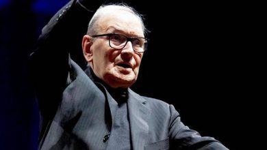 Photo of وفاة المؤلف الموسيقي الإيطالي الشهير إنيو موريكوني عن 91 عاماً
