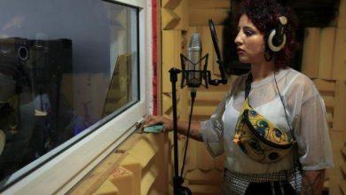 Photo of مغنيات يحققن تقدماً في مجال موسيقى الراب في المغرب الذي يهيمن عليه الرجال