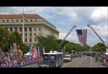 Photo of عيد وطني يتسم بانقسام الأميركيين في واشنطن