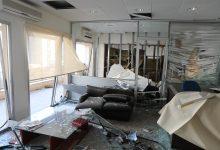 """Photo of محمي: مؤسسة """"الاسبوع العربي"""" و """"مغازين"""" دمرها الإنفجار الإجرامي"""