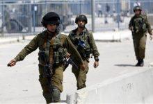 Photo of مقتل فلسطيني حاول طعن جنود إسرائيليين في الضفة الغربية المحتلة