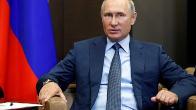 Photo of بوتين ينفي امتلاك قصر فخم وفريق نافالني يدعو الى تظاهرات جديدة