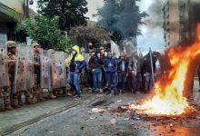 Photo of تجدد المواجهات بين متظاهرين وقوات الأمن في مدينة طرابلس