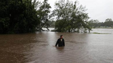 Photo of أستراليا: الأمطار الغزيرة تتسبب في أعنف فيضانات في البلاد منذ 50 عاماً