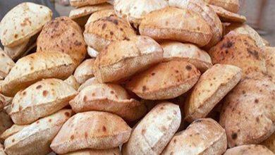 Photo of الأزمة الاقتصادية في لبنان ترفع سعر الخبز للمرة الثالثة الى 3000 ليرة