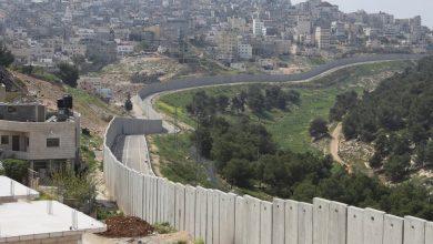 Photo of إدارة بايدن تحذو حذو سابقتها بعدم وصف الضفة الغربية بالأرض المحتلة