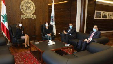 Photo of عكر بحثت مع وفد منظمة الأغذية في إمكان زيادة المساعدات للبنان