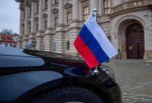 Photo of موسكو تطرد 20 دبلوماسياً تشيكياً بعد طرد براغ دبلوماسيين روساً