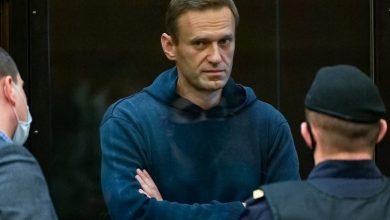 Photo of مصلحة السجون الروسية تهدد بارغام نافالني على الطعام