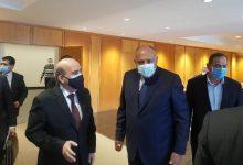 Photo of وزير الخارجية المصري وصل إلى لبنان ويلتقي كبار المسؤولين