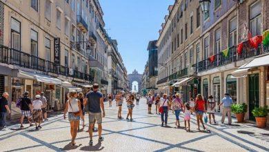 Photo of بروكسل تعمل لتنظيم عودة السياح الأجانب إلى الاتحاد الأوروبي