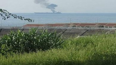 Photo of حريق على ناقلة نفط قبالة بانياس في سوريا