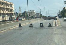 Photo of قطع طرق في طرابلس والجوار وصولاً الى المنية بالأتربة ومستوعبات النفايات