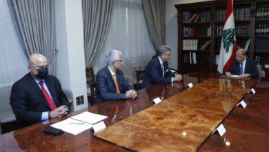 Photo of عون عرض مع بلحاج لدور البنك الدولي في مساعدة لبنان
