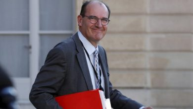Photo of فرنسا: كاستكس في الحجر الصحي إثر إصابة زوجته بفيروس كورونا
