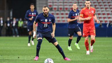 Photo of فرنسا تدك ويلز بثلاثية ودّية بمشاركة أولى لبنزيمة