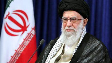 Photo of خامنئي: تجربة روحاني مع القوى الكبرى تؤكد أن «الثقة بالغرب لا تنفع»