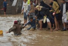 Photo of سيول جارفة تقتل 7 بينهم نساء وأطفال في شرق اليمن