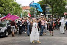 Photo of صدامات في برلين واعتقال اكثر من 600 شخص خلال تظاهرات رافضة لتدابير الإغلاق