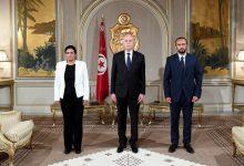 Photo of الرئيس التونسي يعفي وزيري المالية وتكنولوجيات الاتصال من منصبيهما