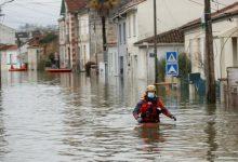 Photo of فيضانات عارمة تجتاح مدناً عدة وتحاصر السكان في جنوب فرنسا