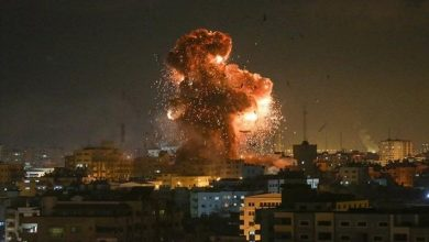Photo of غارات إسرائيلية على غزة رداً على إطلاق صاروخ ولابيد يقترح خطة «الاقتصاد مقابل الامن»