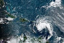 Photo of العاصفة الاستوائية نيكولاس تضعف مع تقدمها في ولاية تكساس الأميركية
