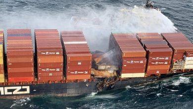 Photo of غاز سام ينبعث من ناقلة حاويات مشتعلة قبالة سواحل كندا